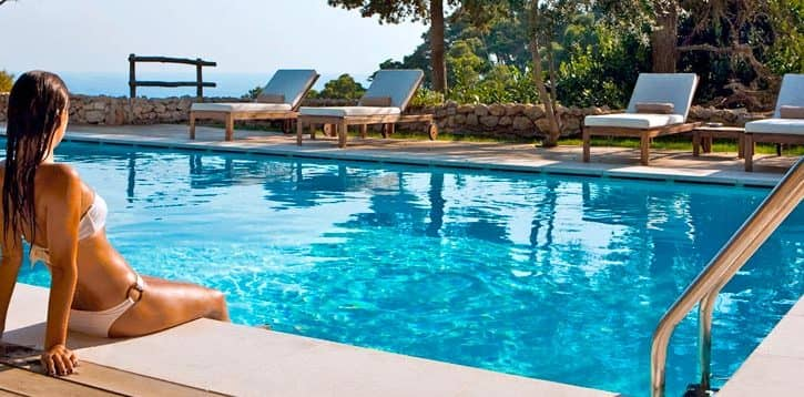 Le reve de la piscine privee a la costa del sol helveticimmo for Piscine de reve